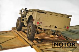 Jeep ww2 in crate054